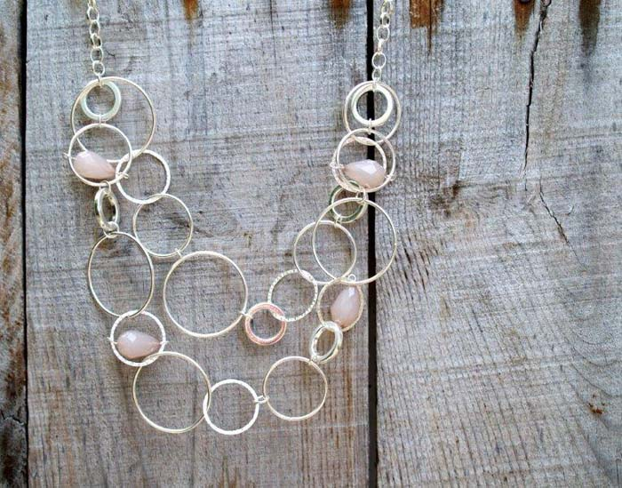 Anthropologie Moon Necklace #Christmas #diy #stocking #stuffer #decorhomeideas