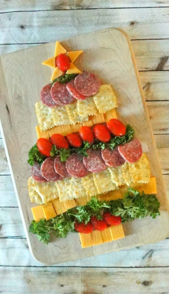 Cheese, Cracker & Sausage Christmas Tree
