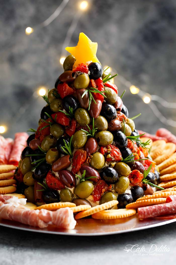 Cheeseball Christmas Tree