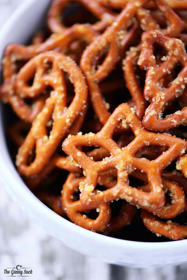 Christmas Crack Pretzels