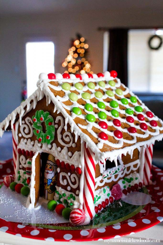 Christmas Gingerbread House DIY #Christmas #gingerbread #house #decorhomeideas