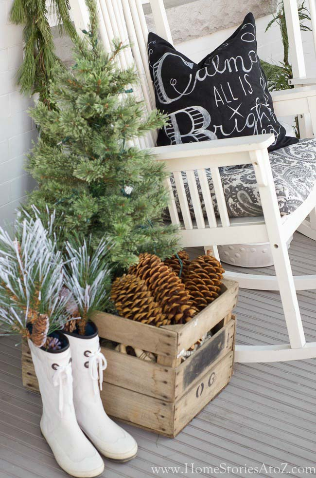 Christmas Porch with Repurposed Finds #Christmas #natural #decoration #decorhomeideas
