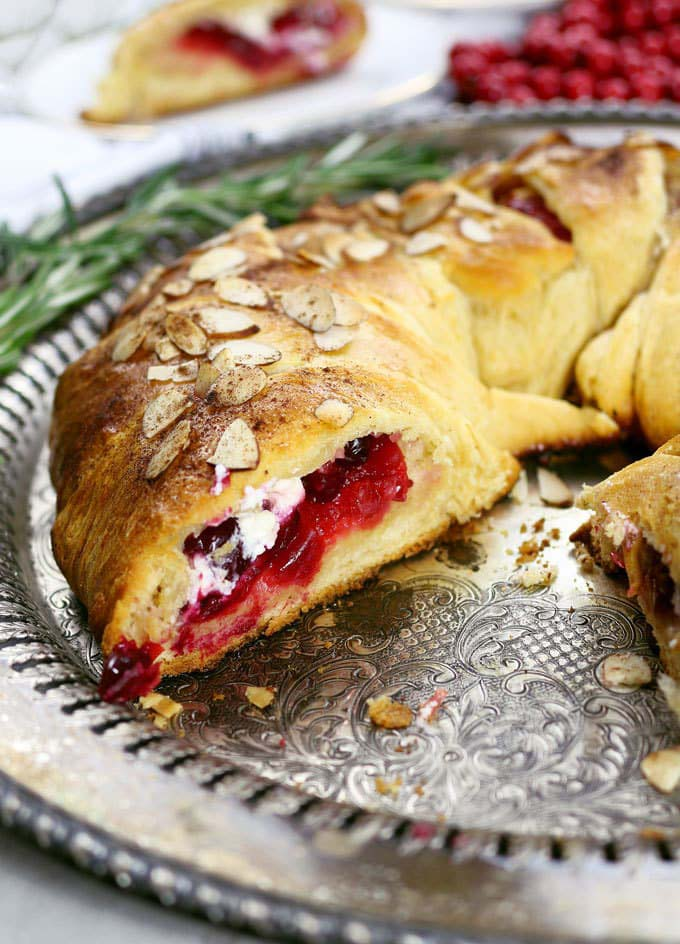 Cranberry Goat Cheese Crescent Ring