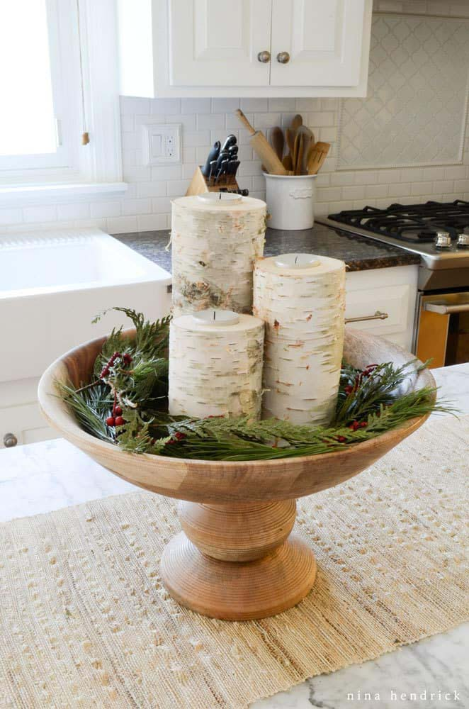 DIY Christmas Birch Candle Holders #Christmas #natural #decoration #decorhomeideas