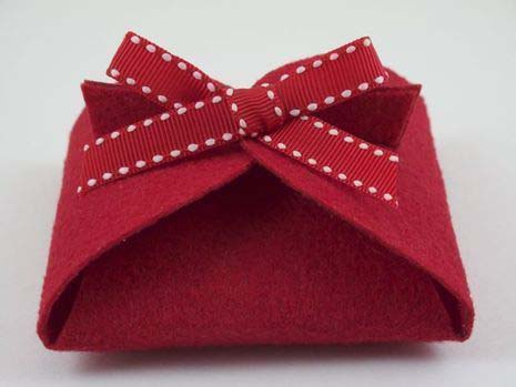 DIY Folded Gift Box #Christmas #diy #gift #wrapping #decorhomeideas