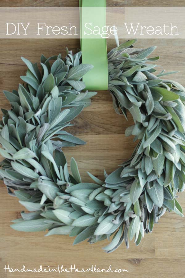 DIY Fresh Sage Wreath #Christmas #natural #decoration #decorhomeideas