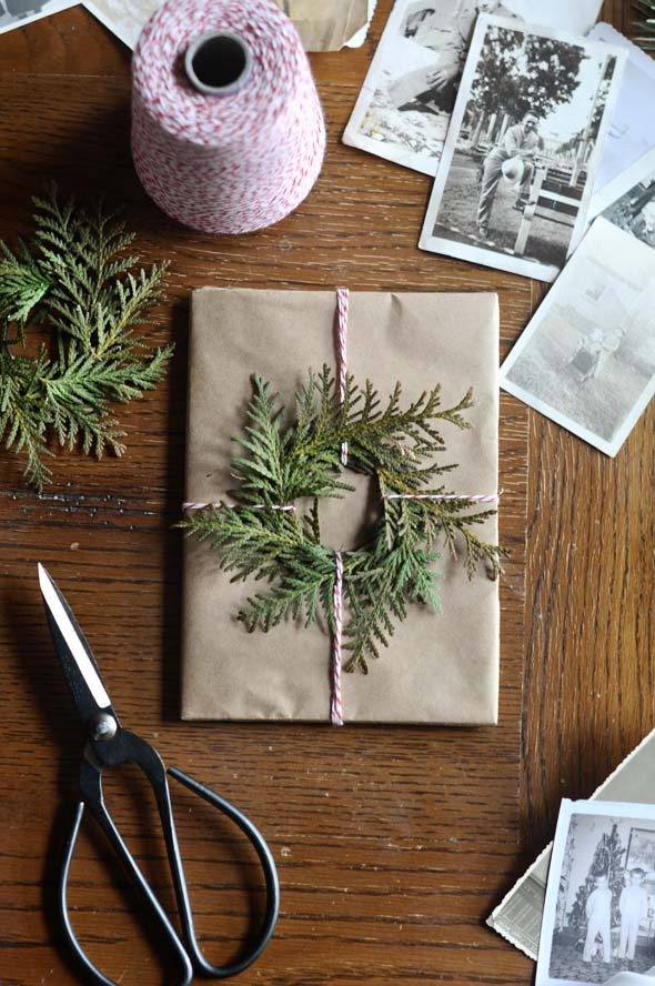 Evergreen Wreath #Christmas #diy #gift #wrapping #decorhomeideas