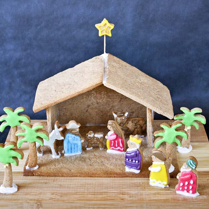 Gingerbread Nativity #Christmas #gingerbread #house #decorhomeideas