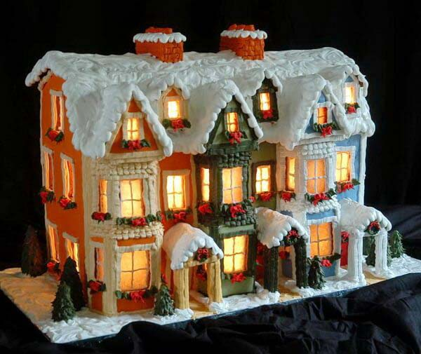 Gower Street Gingerbread House #Christmas #gingerbread #house #decorhomeideas