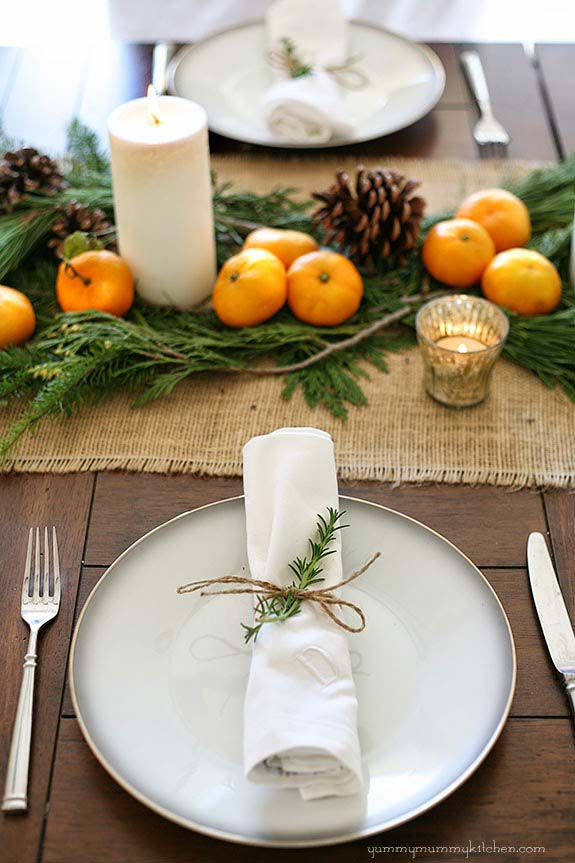 Holiday Table #Christmas #natural #decoration #decorhomeideas