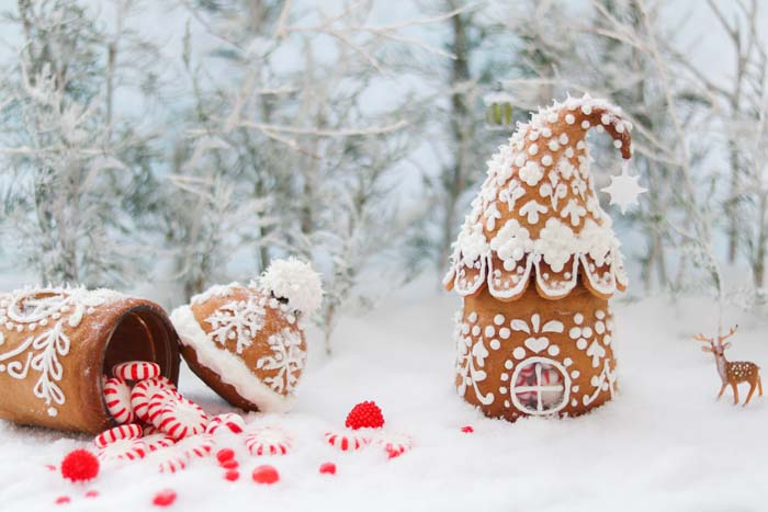 Mini Gingerbread Houses #Christmas #gingerbread #house #decorhomeideas