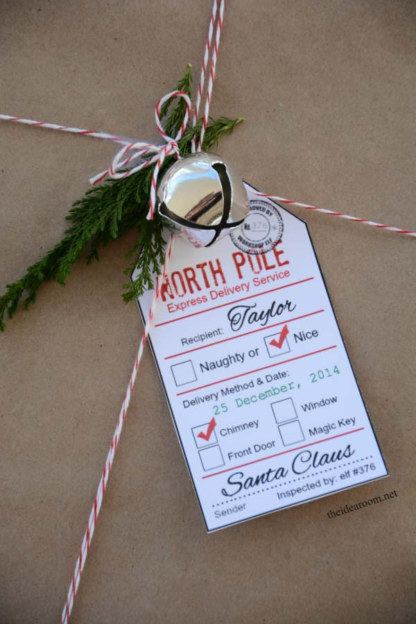 Santa Gift Tags Cover #Christmas #diy #gift #wrapping #decorhomeideas