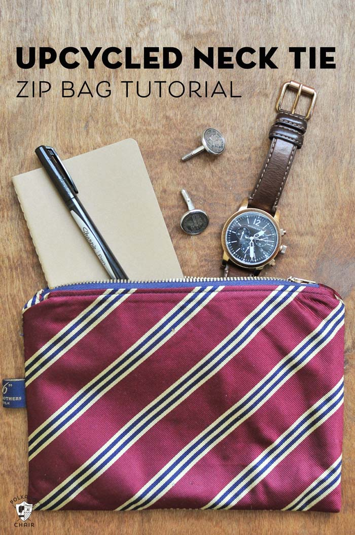 Upcycled Necktie Zip Bag #Christmas #diy #stocking #stuffer #decorhomeideas