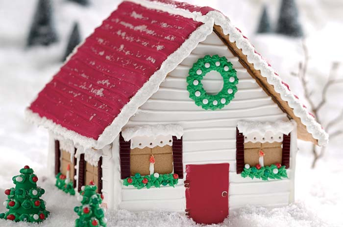 Vermont Gingerbread House #Christmas #gingerbread #house #decorhomeideas