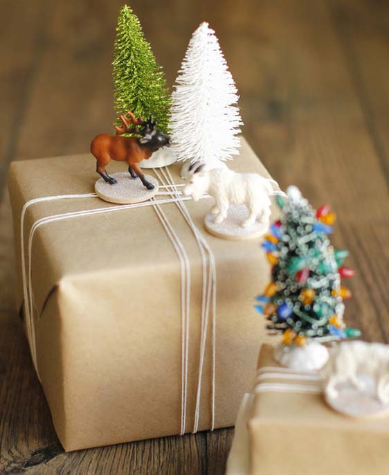 Woodland Gift Toppers #Christmas #diy #gift #wrapping #decorhomeideas