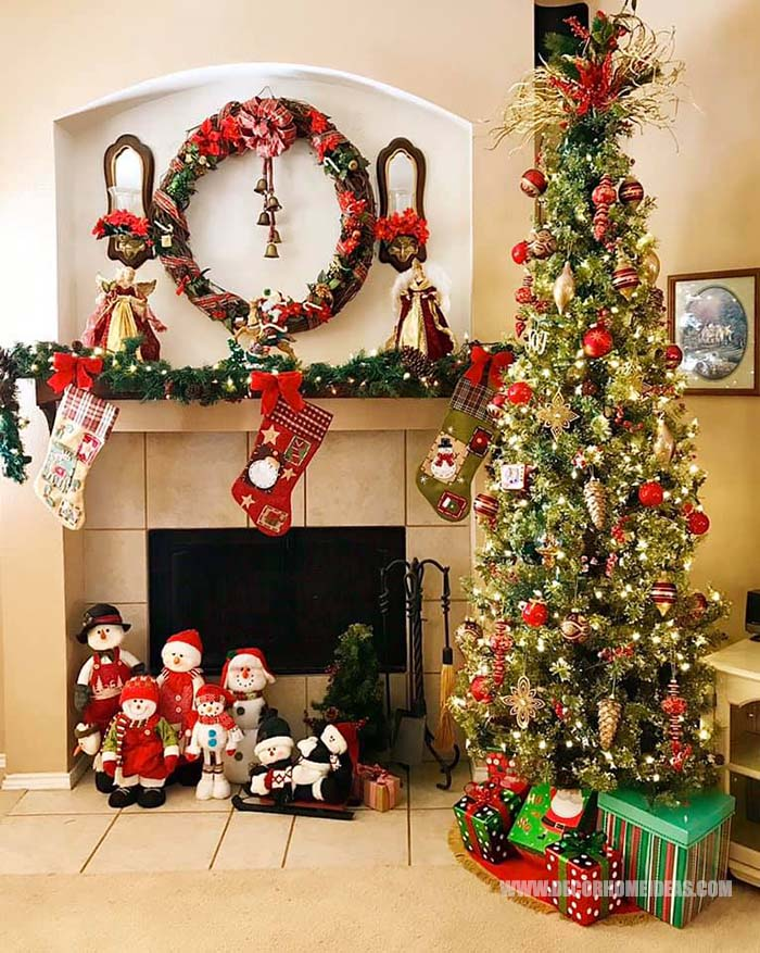 Christmas Mantel Decor #Christmas #mantel #decorhomeideas