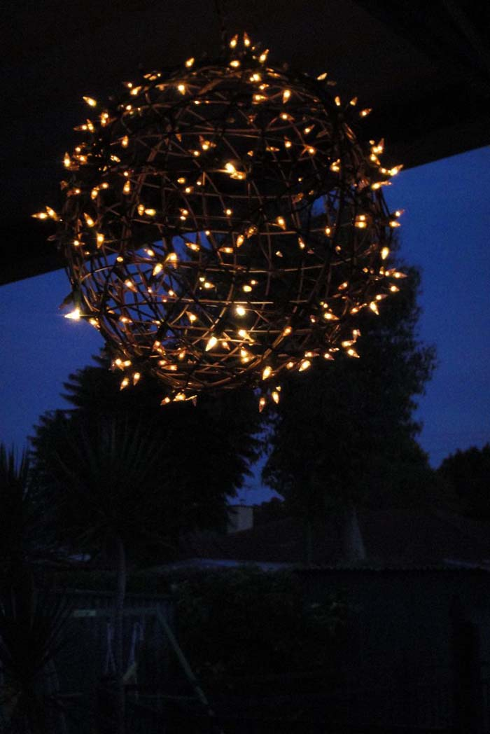Fairy Light Globe DIY #Christmas #diy #lights #decorhomeideas
