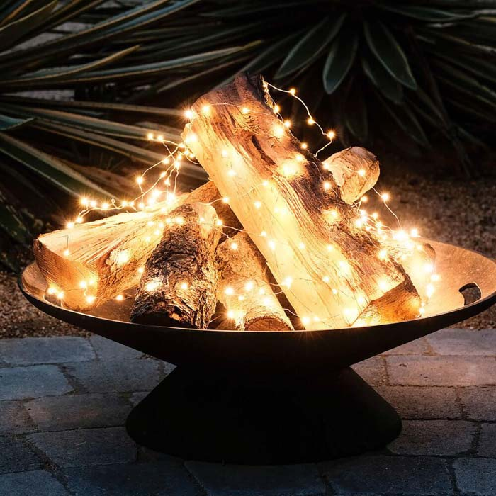 Faux Fire #Christmas #diy #lights #decorhomeideas