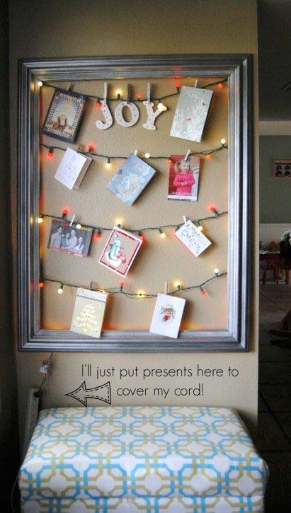 Framed Christmas Card Display #Christmas #diy #lights #decorhomeideas