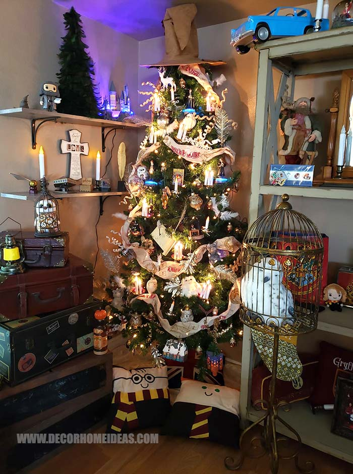 Harry Potter Themed Christmas Tree #Christmas #tree #harrypotter #decorhomeideas
