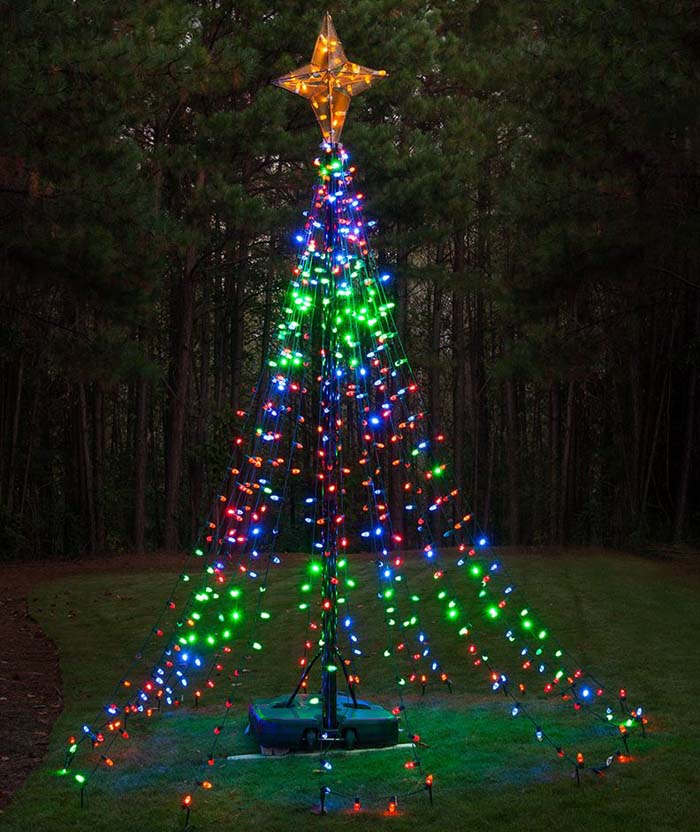 LED Christmas Lights Tree #Christmas #diy #lights #decorhomeideas