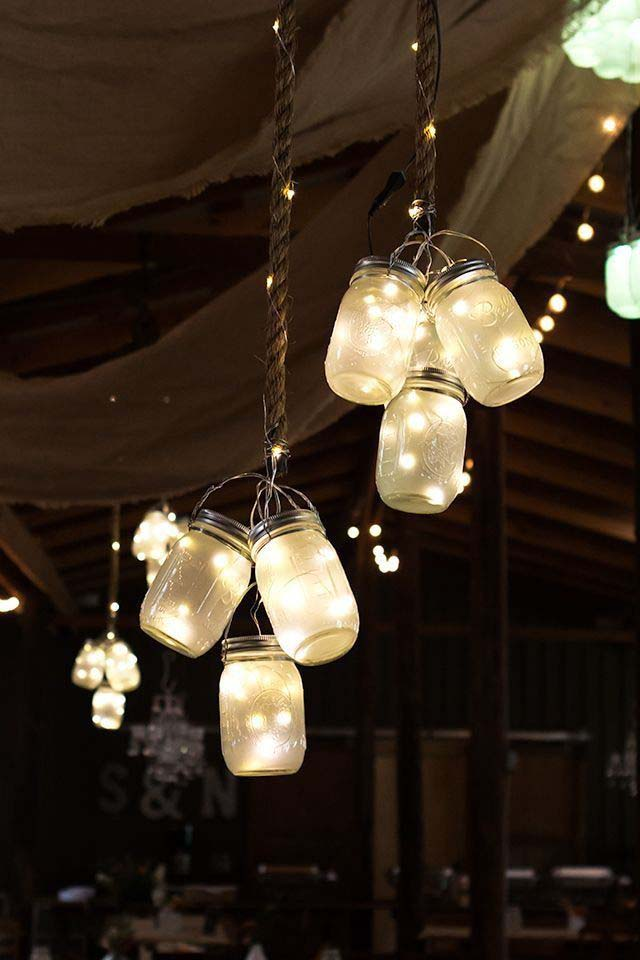 Mason Jar Chandeliers #Christmas #diy #lights #decorhomeideas