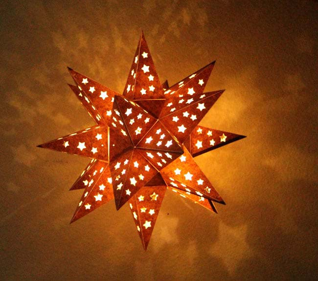 Star Lantern #Christmas #diy #lights #decorhomeideas