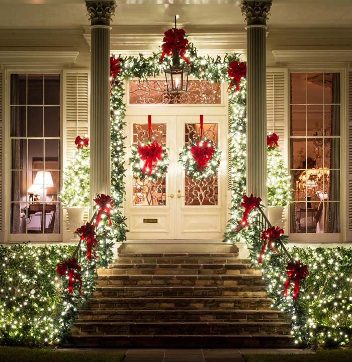 Traditional Christmas Lights #Christmas #diy #lights #decorhomeideas