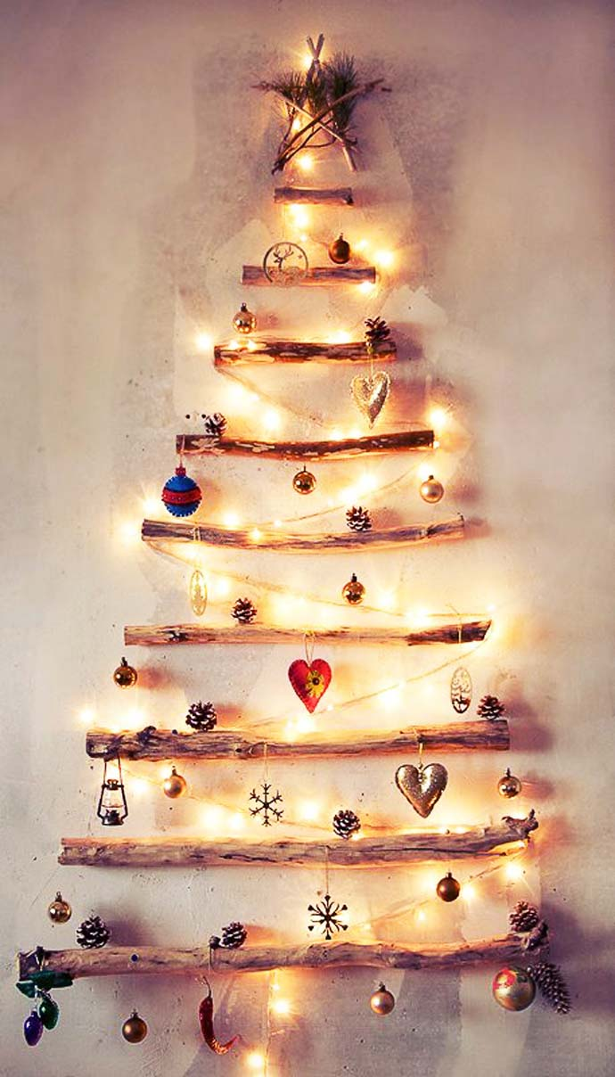 Wood Christmas Tree #Christmas #diy #lights #decorhomeideas