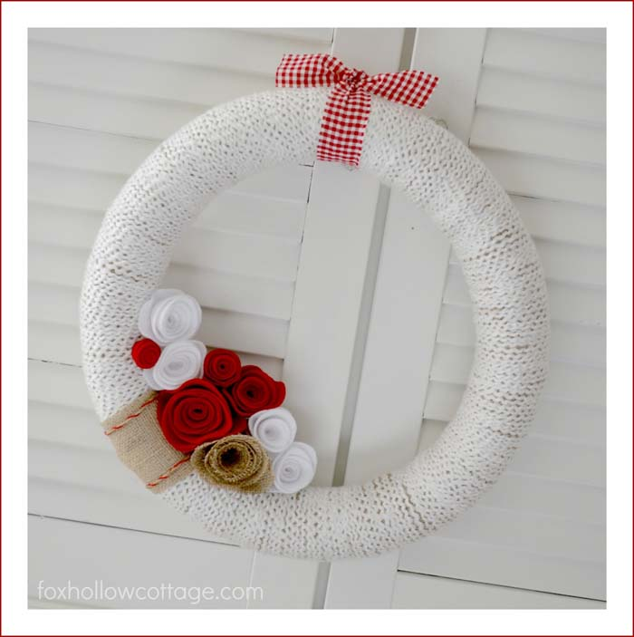 $5 Valentine's Day Wreath #valentine #diy #wreaths #decorhomeideas