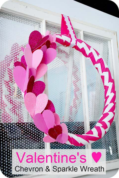 Chevron and Sparkles Wreath #valentine #diy #wreaths #decorhomeideas