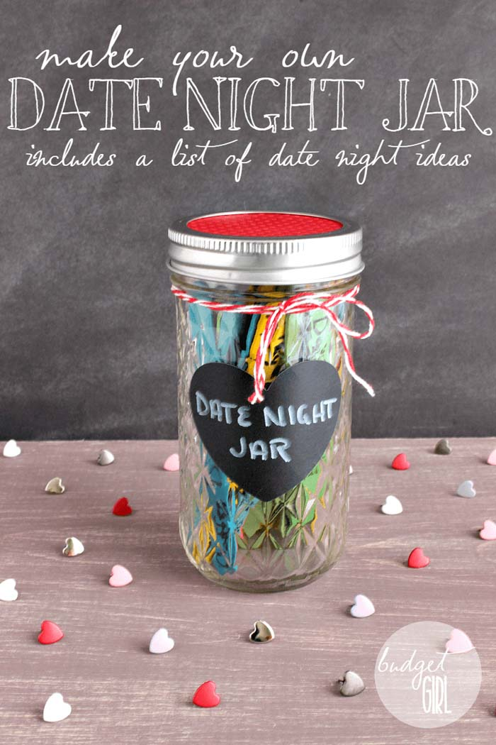 Date Night Jar #valentinesday #crafts #jars #gifts #decorhomeideas