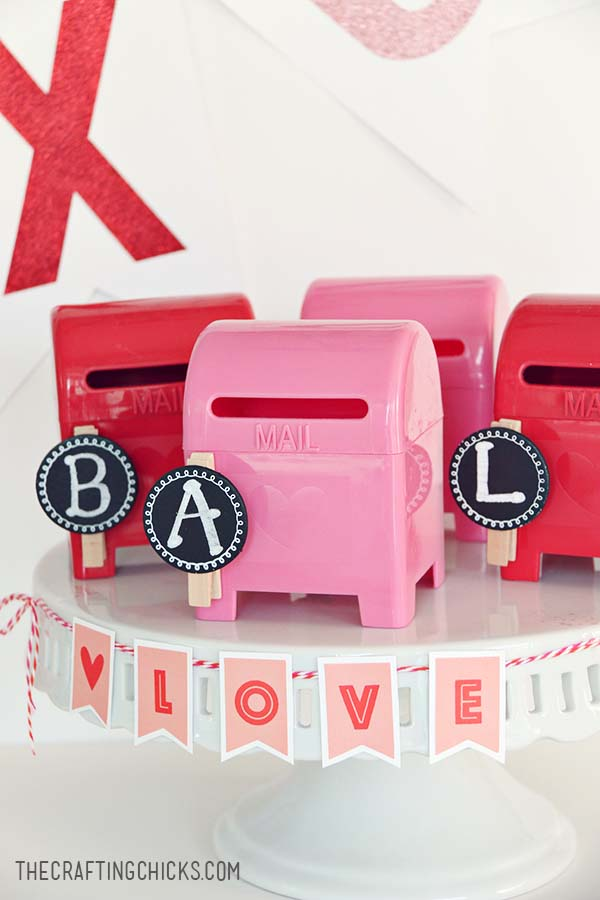 DIY Love Letter Station #valentine #dollarstore #diy #decor #decorhomeideas
