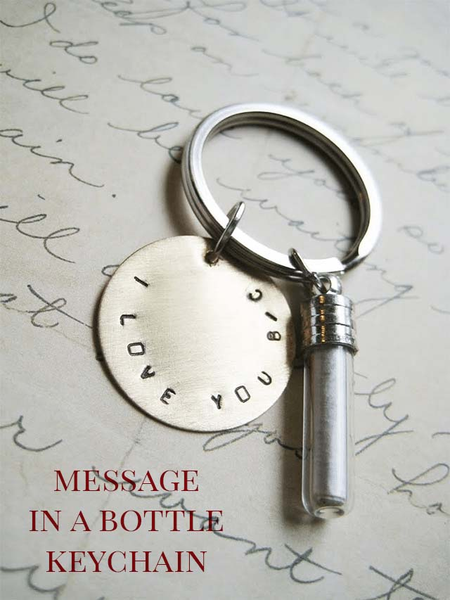 DIY Message in a Bottle Jewelry or Keychain #valentinesday #gifts #diy #decorhomeideas