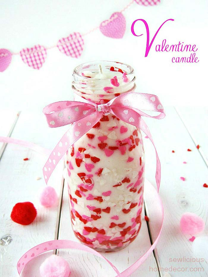 DIY Valentine Sprinkles Candle #valentinesday #crafts #jars #gifts #decorhomeideas