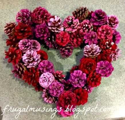 DIY Valentines Day Wreath #valentinesday #rustic #decor #diy #decorhomeideas