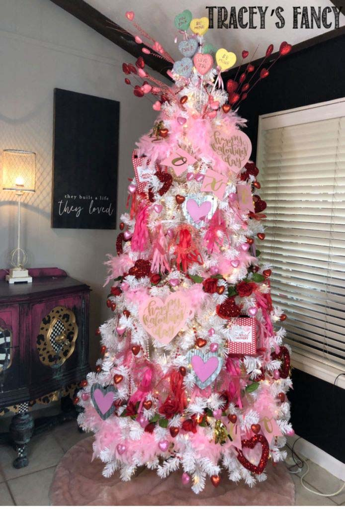 Fancy Valentines Tree #valentine #tree #diy #decorhomeideas