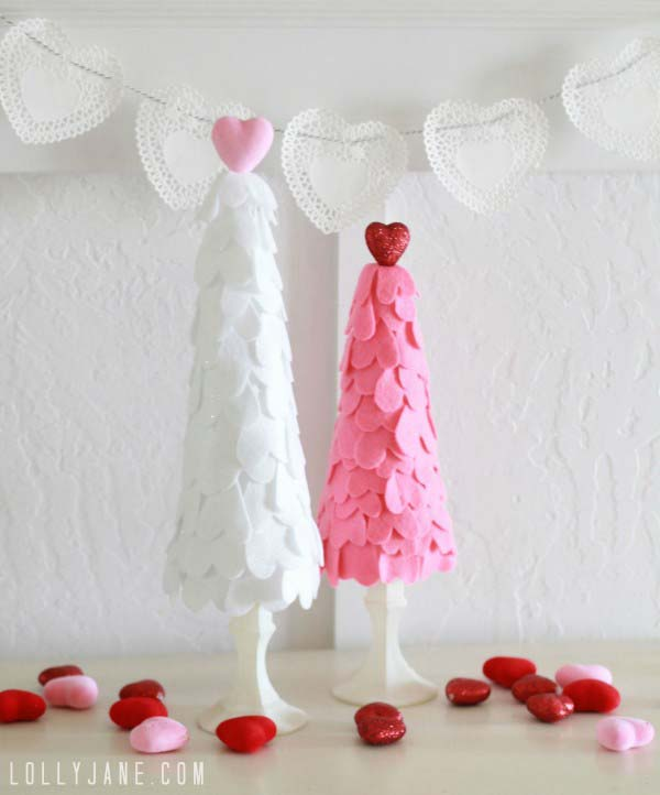 Felt Heart Trees #valentine #dollarstore #diy #decor #decorhomeideas