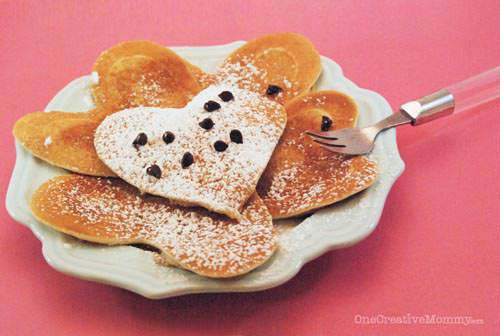 Heart Shaped Pancakes #valentine #crafts #kids #decorhomeideas