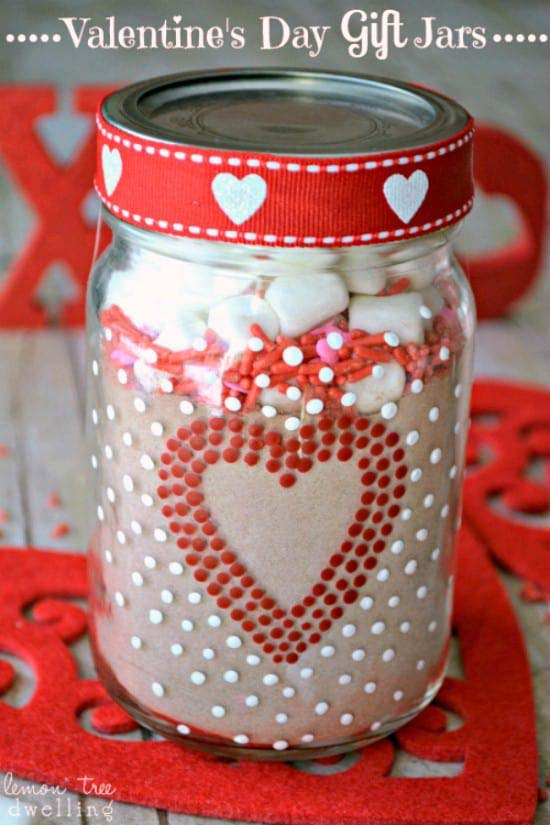 Hot Chocolate in a Jar #valentinesday #crafts #jars #gifts #decorhomeideas