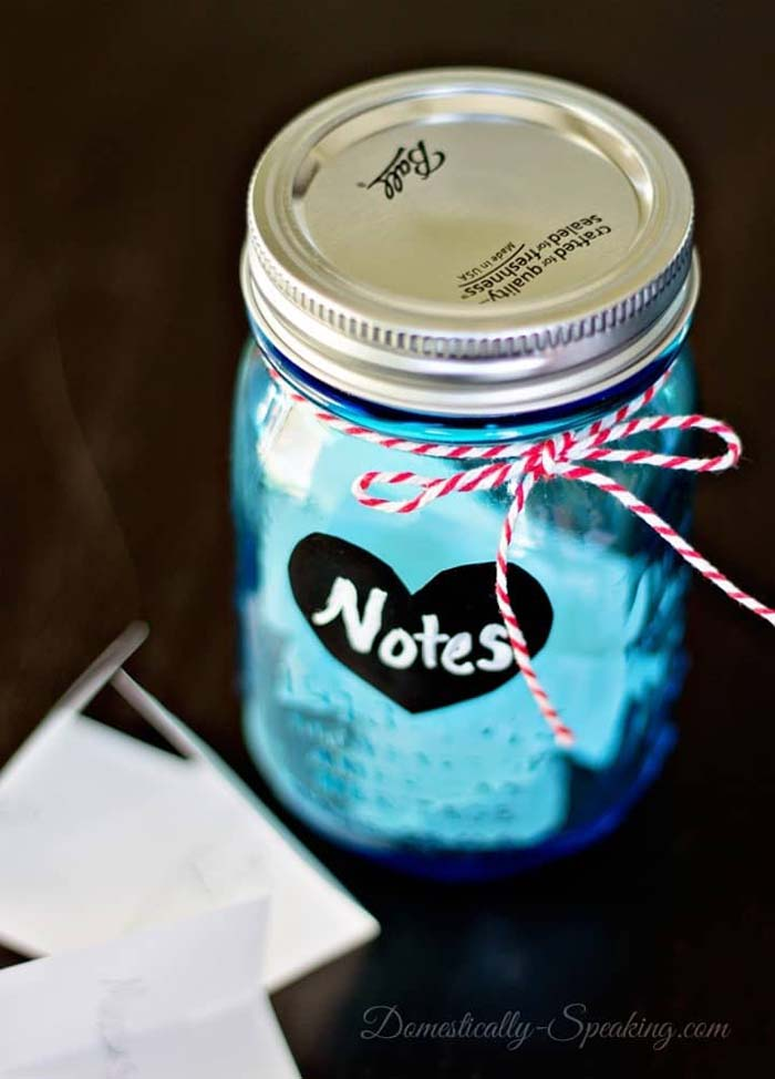 Love Notes in a Jar #valentinesday #crafts #jars #gifts #decorhomeideas