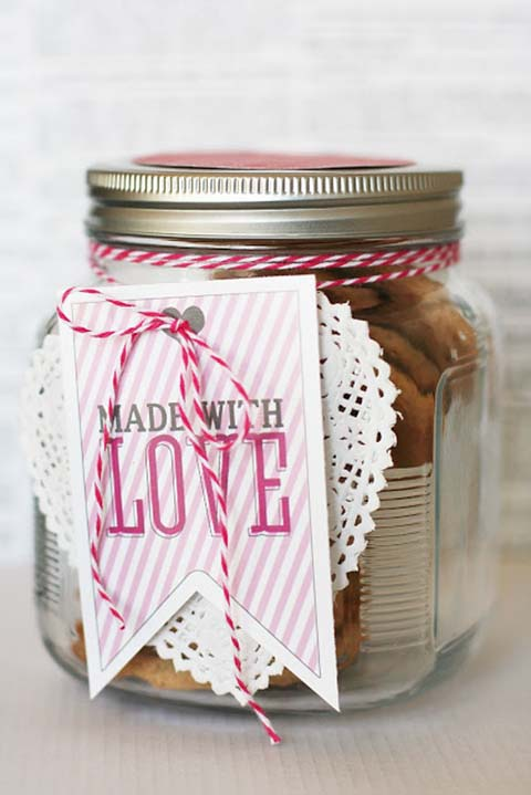 Made with Love Printable #valentinesday #crafts #jars #gifts #decorhomeideas