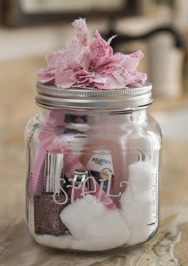 Manicure Gift in a Jar #valentinesday #crafts #jars #gifts #decorhomeideas