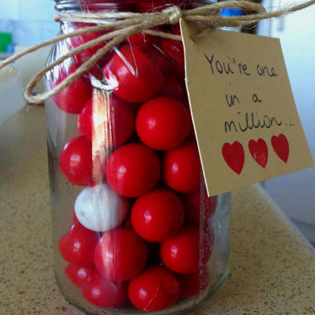 One in a Million Jar #valentinesday #crafts #jars #gifts #decorhomeideas