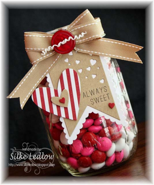 Paper Craft Candy Jar #valentinesday #crafts #jars #gifts #decorhomeideas