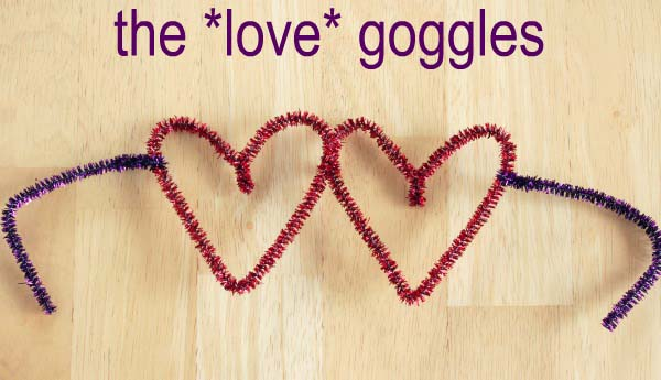 Pipe Cleaner Heart Shaped Glasses #valentine #crafts #kids #decorhomeideas