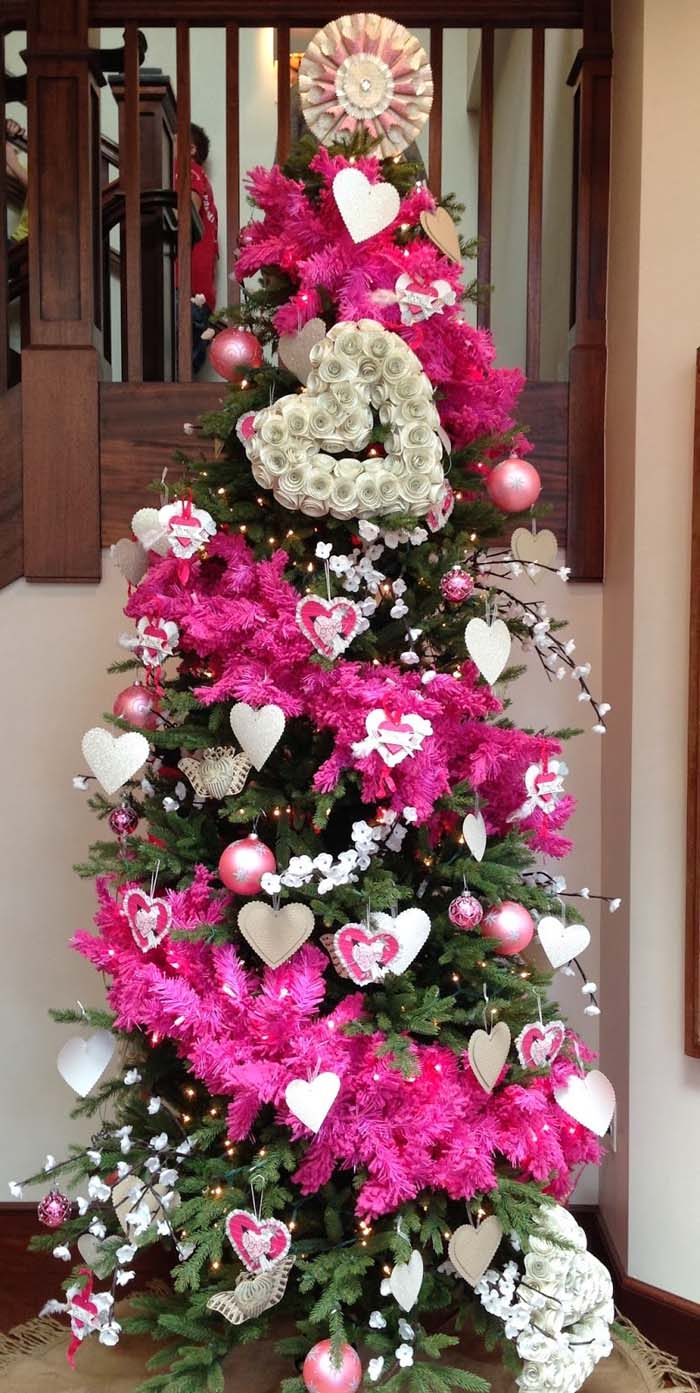 Pretty Valentine's Day Pink Tree #valentine #tree #diy #decorhomeideas