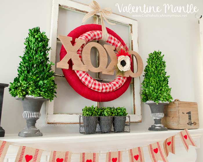 Rustic Double Valentine Wreath #valentinesday #rustic #decor #diy #decorhomeideas