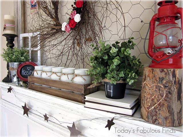 Rustic Valentines Day Mantel #valentinesday #rustic #decor #diy #decorhomeideas