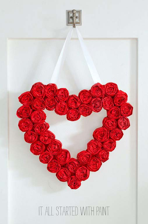 Tissue Paper Rose Wreath #valentine #diy #wreaths #decorhomeideas